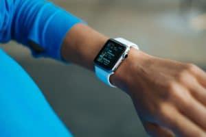 Bracelet connecté pour le sport : utile ou futile ?