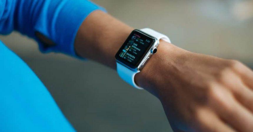 Bracelet ou montre connecté pour faire du sport ?