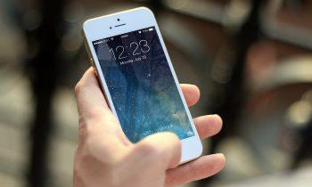 Pourquoi les téléphones portables coûtent de plus en plus chers ?