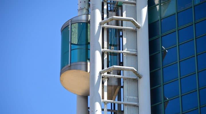 ascenseur de maison d'exterieur